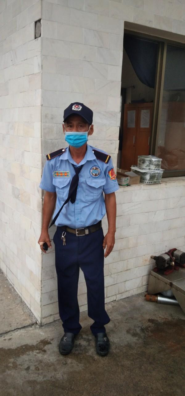 Dịch vụ bảo vệ Hoàng Gia