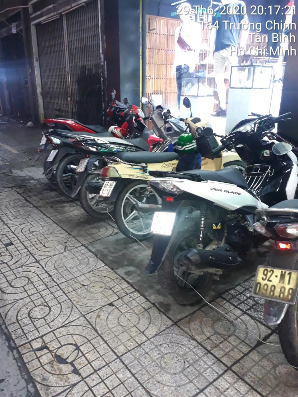 Bảo vệ giữ xe bệnh viện Nhi Đồng 2