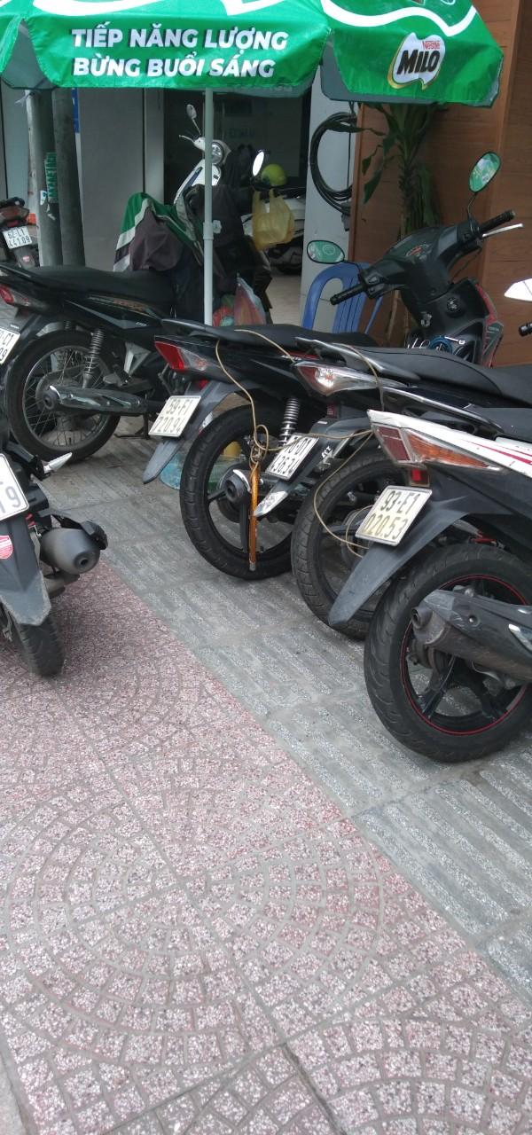 Bảo vệ giữ xe bệnh viện Nhi Đồng 1