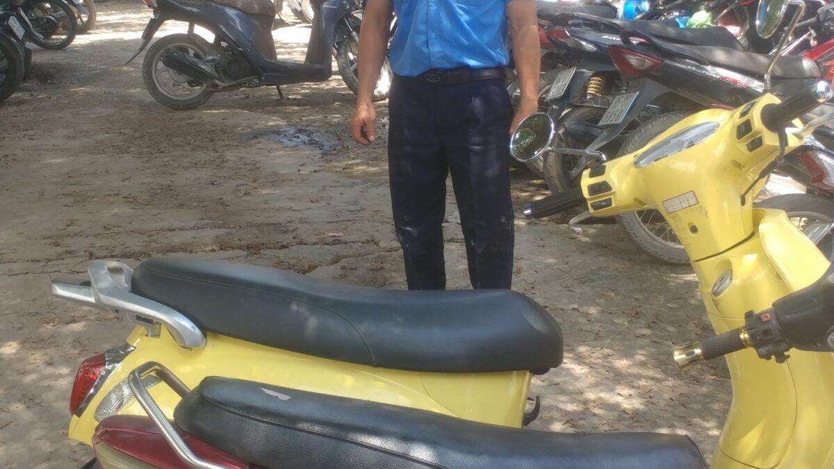 Bảo vệ giữ xe bệnh viện Chấn Thương Chỉnh Hình Sài Gòn