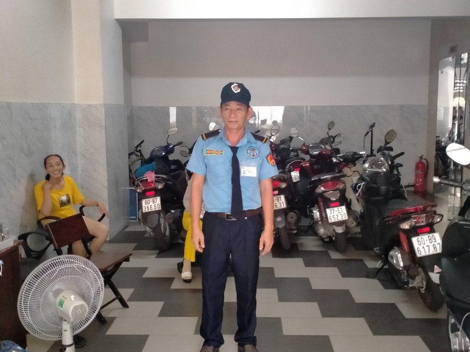 Bảo vệ giữ xe Bệnh Viện Thẩm Mỹ Sài Gòn